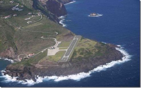 Juancho E. Yrausquin Airport 1